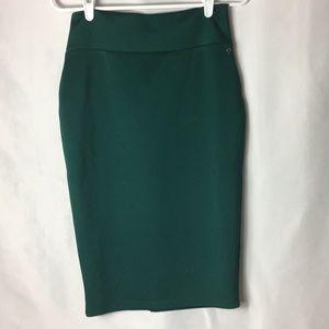 Thalia Sodi green skirt